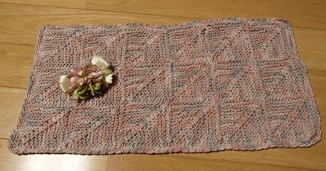 ドミノ編みのマット