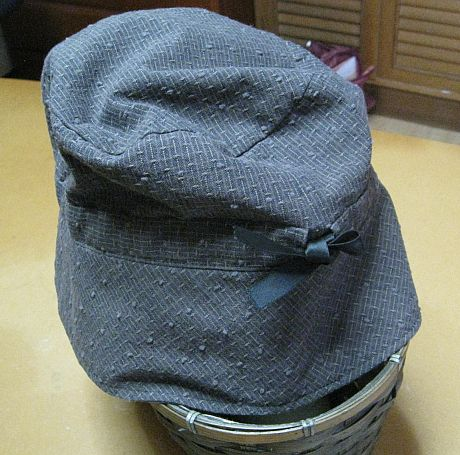 母の帽子(後ろ)